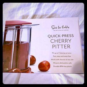 SUR LA TABLE Quick-Press Cherry Olive Pitter *NEW*